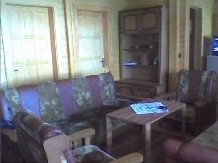 Cabana Cerbul - accommodation in  Hateg Country, Transalpina (05)