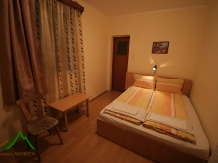 Pensiunea Andreea - accommodation in  Apuseni Mountains (03)