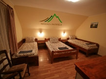 Pensiunea Andreea - accommodation in  Apuseni Mountains (05)