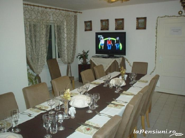 Casa cu Meri - accommodation in  Hateg Country (14)