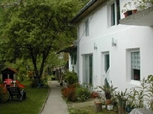 Casa Trapsa - accommodation in  Cernei Valley, Herculane (10)