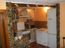 Pensiunea Ion de la Cruce - accommodation in  Maramures Country (02)