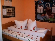 Pensiunea Ion de la Cruce - accommodation in  Maramures Country (05)