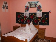 Pensiunea Ion de la Cruce - accommodation in  Maramures Country (10)
