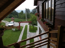 Pensiunea Magnolia - accommodation in  Maramures Country (04)