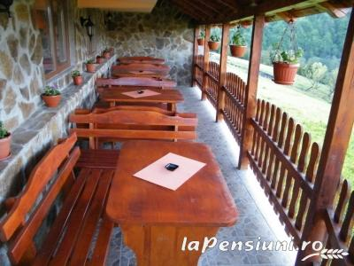 Cabana Cascada - accommodation in  Apuseni Mountains (03)