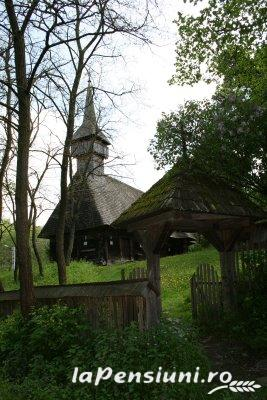 Pensiunea Lucia - accommodation in  Maramures Country (Surrounding)