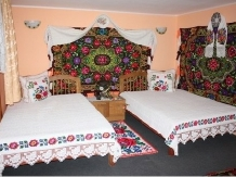 Pensiunea Rustic - accommodation in  Maramures Country (06)