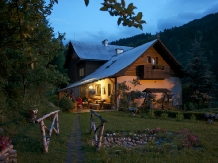 Pensiunea Aurora - accommodation in  Motilor Country, Arieseni (04)