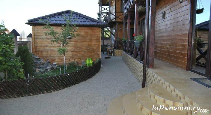Pensiunea Delta Rustic - accommodation in  Danube Delta (08)