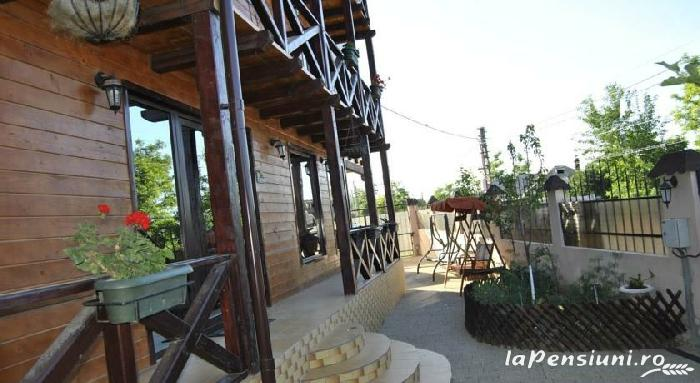 Pensiunea Delta Rustic - accommodation in  Danube Delta (11)