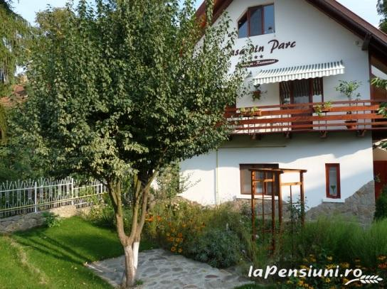 Casa din Parc - accommodation in  Harghita Covasna (06)