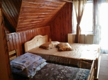 Casuta Paterau - accommodation in  Slanic Prahova (05)