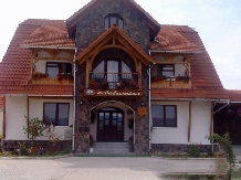 Rural accommodation at  Cabana Edelweiss