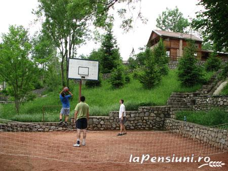 Casa Lucia - accommodation in  Prahova Valley (02)