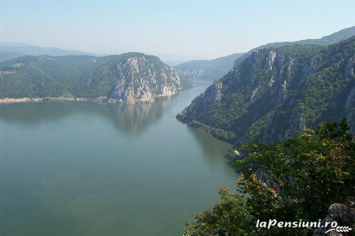 Pensiunea Maria - accommodation in  Danube Boilers and Gorge, Clisura Dunarii (16)