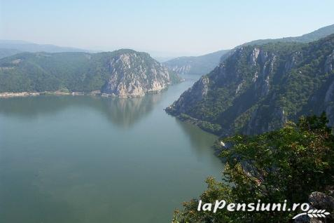 Pensiunea Palos - accommodation in  Danube Boilers and Gorge, Clisura Dunarii (Surrounding)