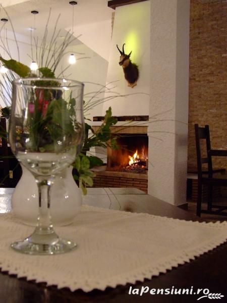 Hanul Roua Sanzienelor - accommodation in  Fagaras and nearby (13)