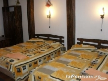 Casa Valasoaia - accommodation in  Slanic Prahova (05)