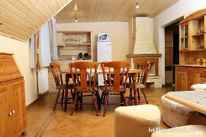 Pensiunea La Tovipan - accommodation in  Motilor Country, Arieseni (03)