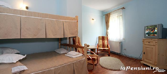 Pensiunea La Tovipan - accommodation in  Motilor Country, Arieseni (05)
