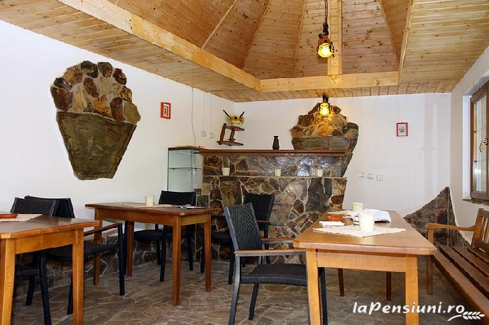 Pensiunea La Tovipan - accommodation in  Motilor Country, Arieseni (07)