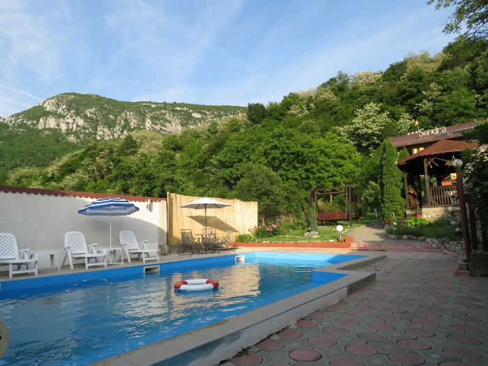 Pensiunea Sandra - accommodation in  Cernei Valley, Herculane (01)