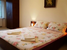 Pensiunea Sandra - accommodation in  Cernei Valley, Herculane (11)