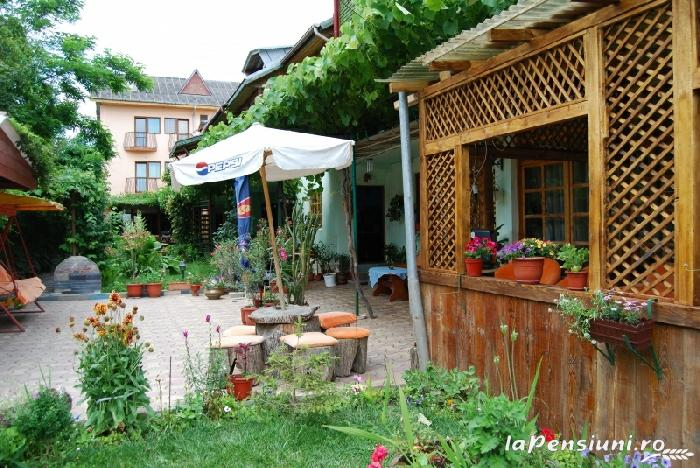 Vila Haris - accommodation in  Black Sea (10)