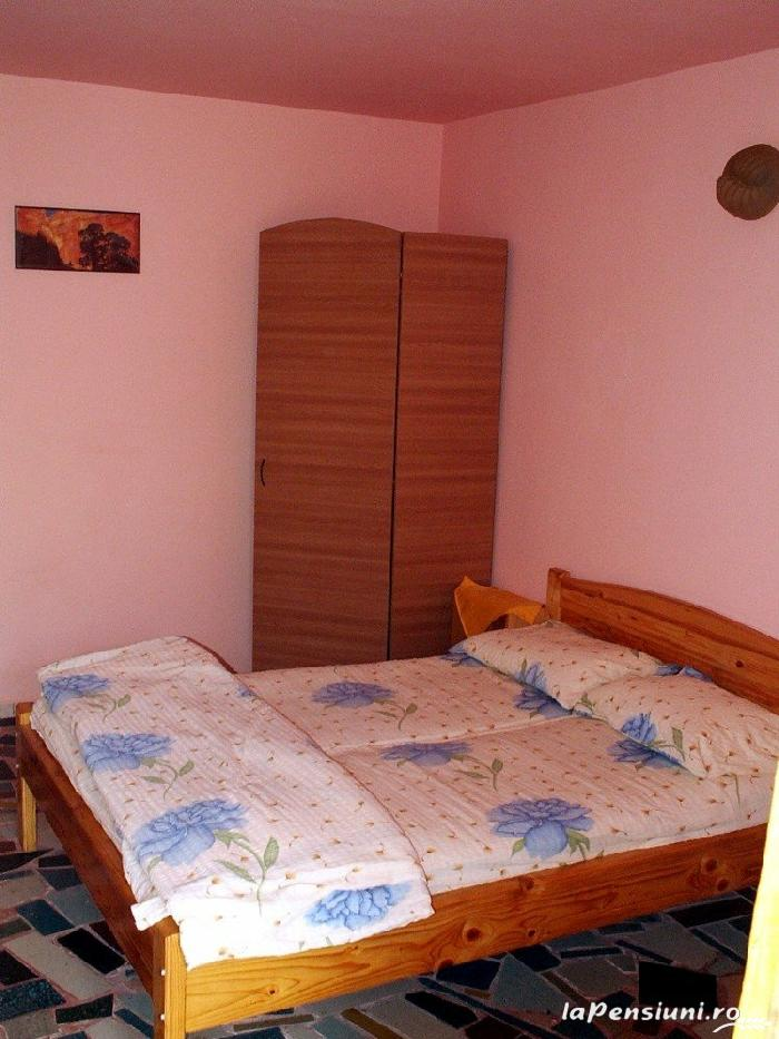 Vila Haris - accommodation in  Black Sea (11)
