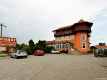 Rural accommodation at  Pensiunea Belvedere