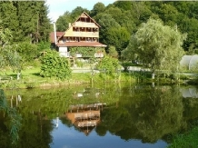 Pensiunea Smarald - accommodation in  Maramures Country (01)
