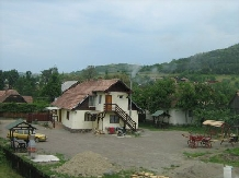Rural accommodation at  Pensiunea Fantazia