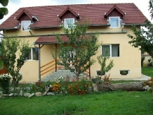 Pensiunea agroturistica Casa din prund - accommodation in  Fagaras and nearby, Transfagarasan (01)