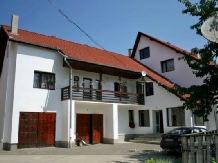 Pensiunea Haiducul - accommodation in  Fagaras and nearby (02)