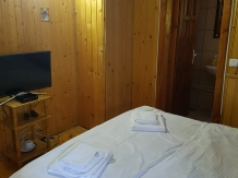 Cabana Poienita - accommodation in  Fagaras and nearby, Sambata (03)