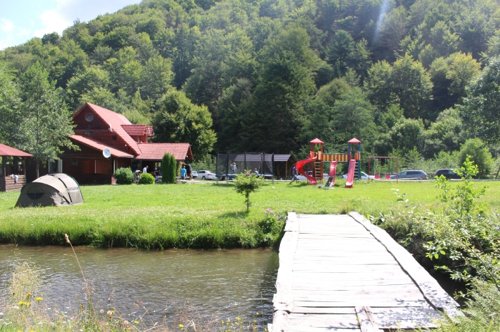 Cabana Poienita - accommodation in  Fagaras and nearby, Sambata (11)