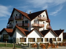Pensiunea Coroana Reginei - accommodation in  Rucar - Bran, Moeciu, Bran (02)
