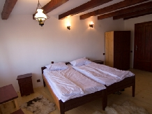 Pensiunea Coroana Reginei - accommodation in  Rucar - Bran, Moeciu, Bran (09)
