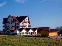 Pensiunea Coroana Reginei - accommodation in  Rucar - Bran, Moeciu, Bran (16)