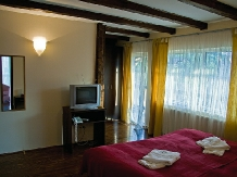 Pensiunea Tolstoi - accommodation in  Rucar - Bran, Moeciu, Bran (04)