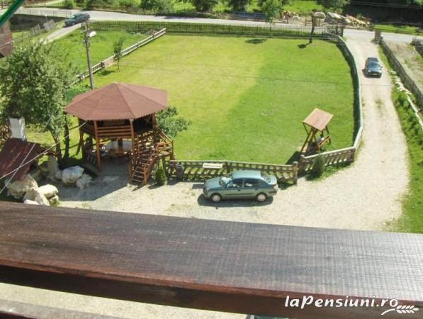 Pensiunea Perla Carpatilor - accommodation in  Rucar - Bran, Moeciu (06)