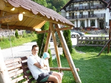 Pensiunea Perla Carpatilor - accommodation in  Rucar - Bran, Moeciu (10)
