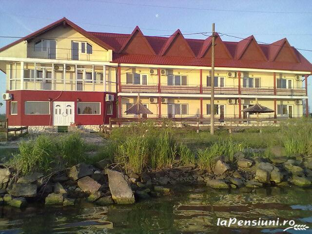 Pensiunea Mila2 - accommodation in  Danube Delta (06)