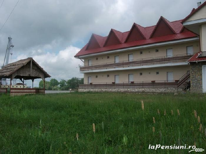 Pensiunea Mila2 - accommodation in  Danube Delta (10)