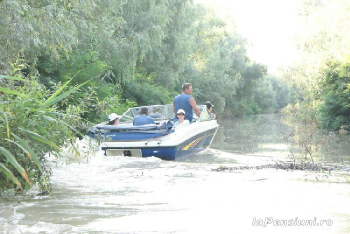 Pensiunea Turistica Puf si Stuf - accommodation in  Danube Delta (23)