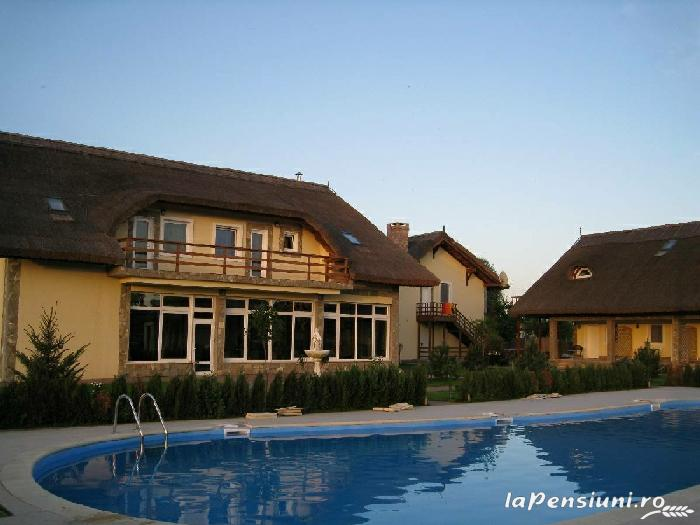 Pensiunea Turistica Puf si Stuf - accommodation in  Danube Delta (24)