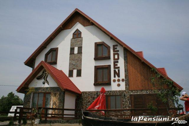Pensiunea Eden - accommodation in  Danube Delta (02)