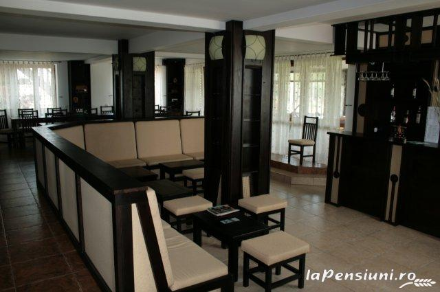 Pensiunea Eden - accommodation in  Danube Delta (04)