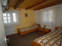 Pensiunea Anca - accommodation in  Hateg Country (02)